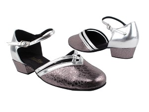 8881 208 Ultra Grey_H_Silver Leather Trim_B