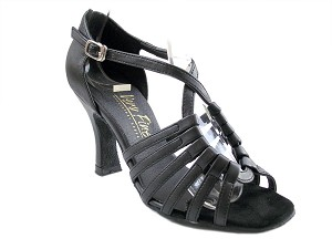 "1661 Black Leather with 3"" Heel in the photo"