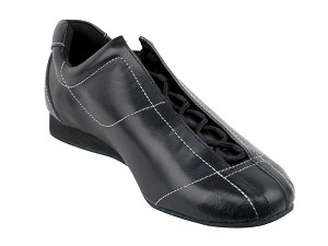 SERO105 Black Leather with flat heel in the photo