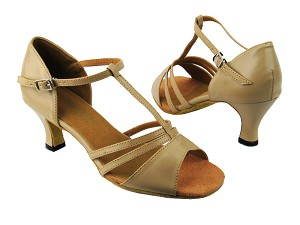 "1683 60 Tan Leather with 2.5"" low heel in the photo"